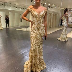 Jovani Dresses - Jovani Sequin Gown